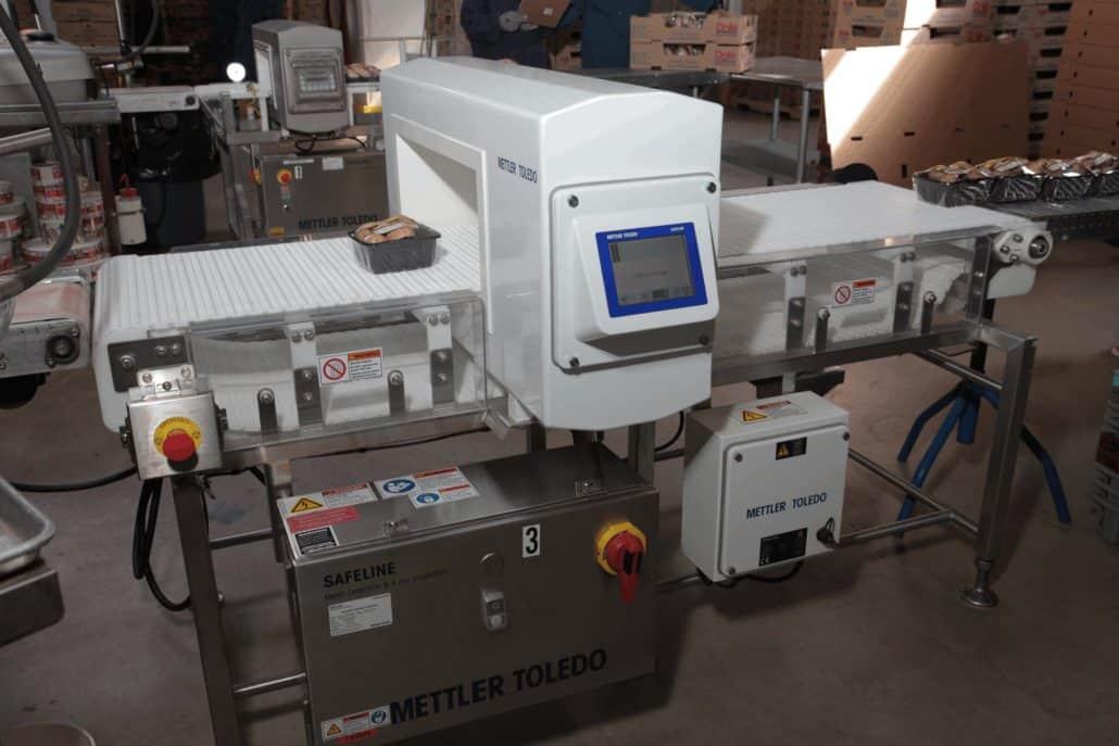 نهاية خط Mettler Toledo ، safeline ، جهاز الكشف عن المعادن